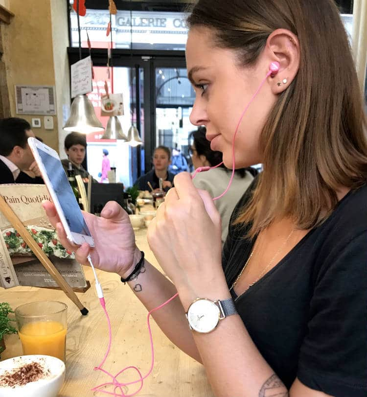špuntový stereo headset  Samsung EO HS použití