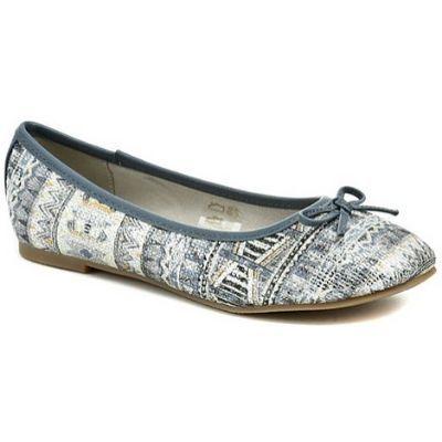 letní vycházková obuv