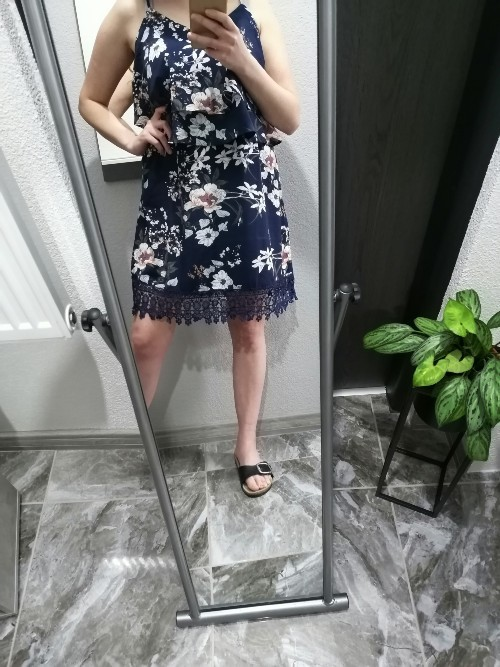 Jak sedí šaty z Aboutyou