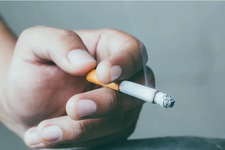 kouření a konzumace alkoholu zhoršují funkci jater